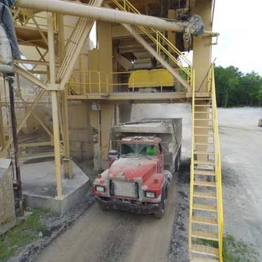 truck loading at york materials group